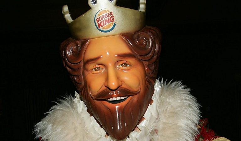 Burger King Offers a New Crown For Prince Harry and Meghan Markle