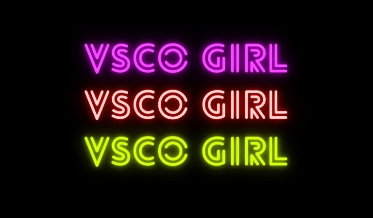 How To Become A VSCO Girl In 5 Steps